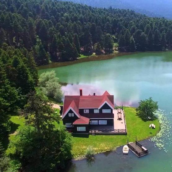 رحلة خاصة الى بحيرة ابانت
